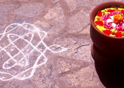 kolam-with-flower-pot