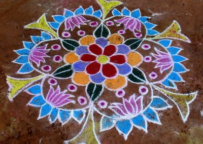 Kolam, traditional Hindu ritual floor painting-1